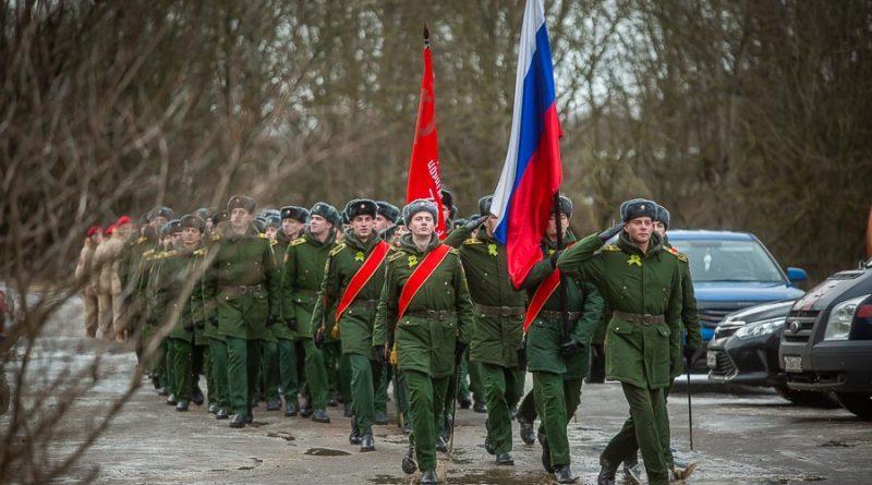 Под Смоленском провели парад для одного ветерана