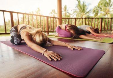 5 упражнений на растяжку, которые помогут избавиться от боли в пояснице