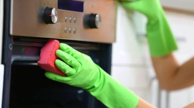 6 способов очистить духовую печь без всякой «химии»