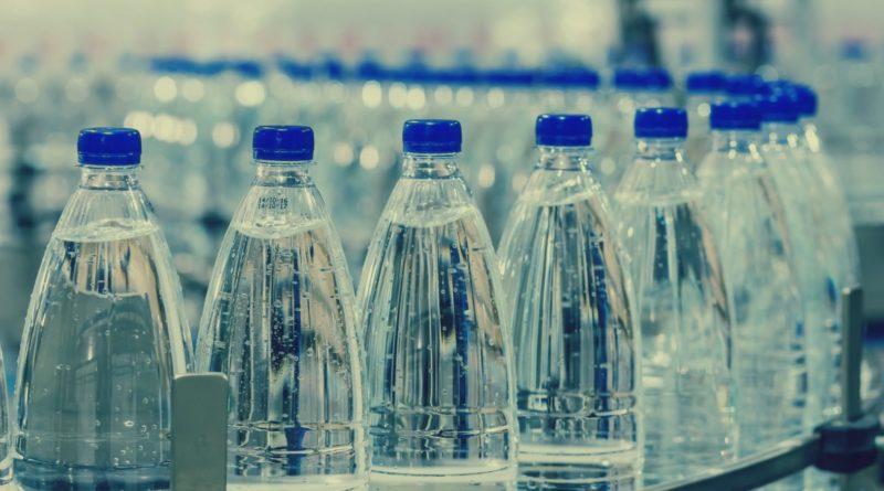 Страны, в которых можно пить только бутилированную воду