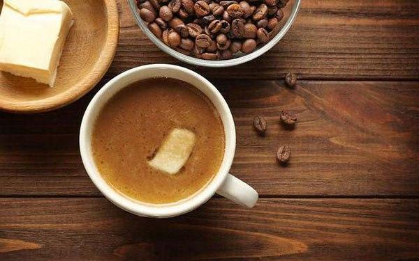 Зачем люди по всему миру начинают добавлять сливочное масло в кофе
