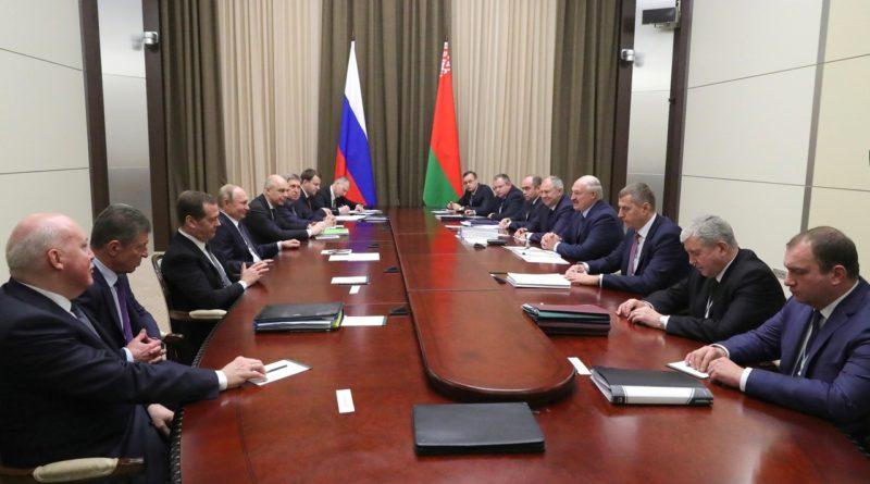 Лукашенко летит к Путину обсуждать нефть