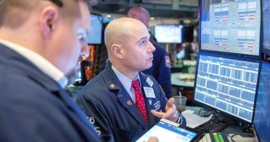 Коронавирус обвалил американские биржи