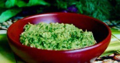 Аджика из зелени