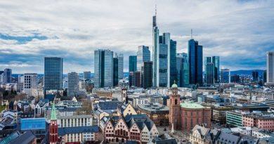 Германия вводит комендантский час