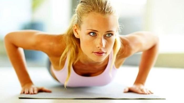 Упражнения для красивого бюста
