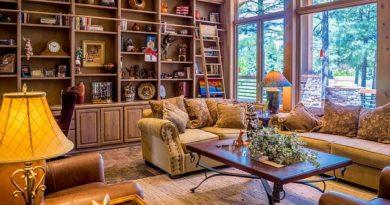 3 простых способа оформить яркую гостиную