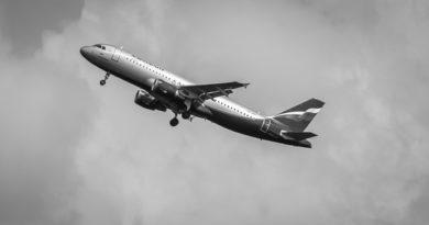 «Аэрофлот» не будет продавать билеты на международные рейсы до августа
