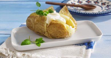 Картофель с сыром Камамбер