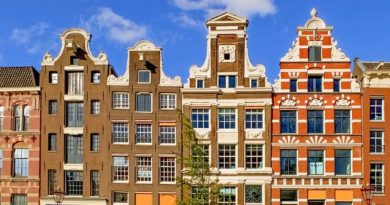 Почему в Амстердаме не занавешивают окна?