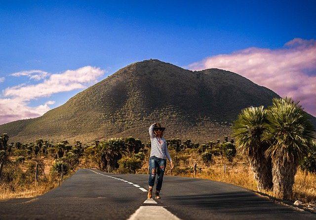 "Испания создаст ""туристические коридоры"""