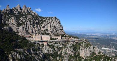 Испания вводит 2-недельный карантин для иностранцев