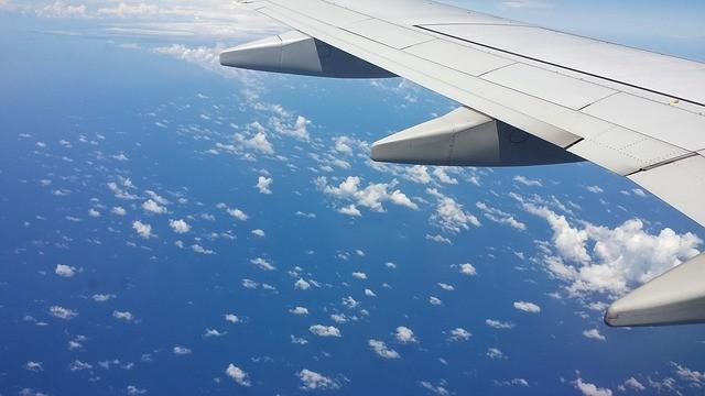 Когда восстановится международное авиасообщение с Европой? О планах крупных авиакомпаний на лето 2020