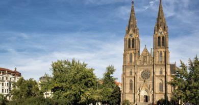 Костел святой Людмилы: неоготический шедевр в Праге