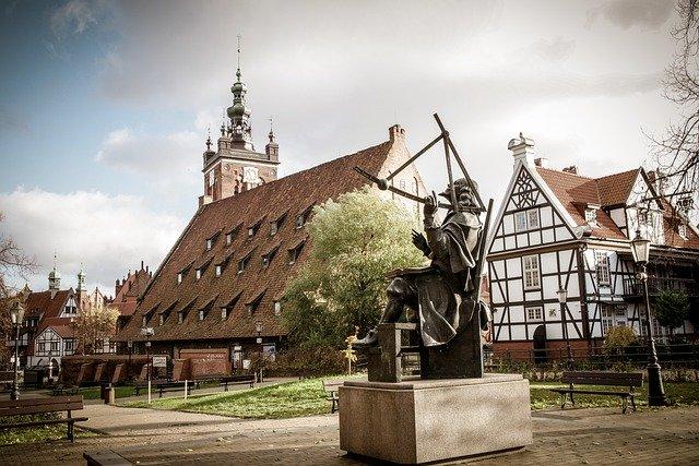 Польша открывает отели 25.05.2020