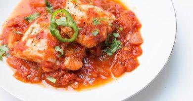 Треска (с томатами и тимьяном)