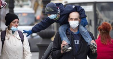 Врачи предупреждают: маски и перчатки могут быть опасны для вашего здоровья
