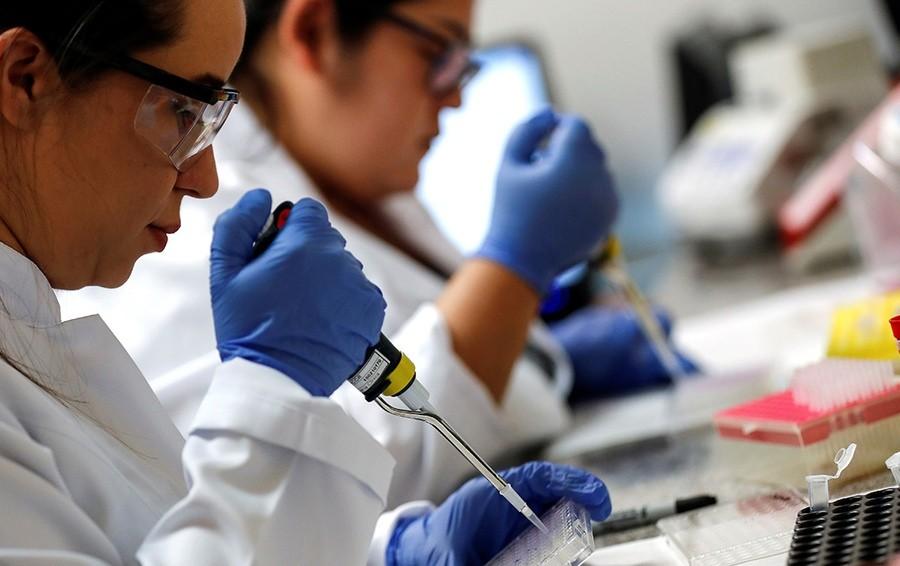 Миллиардер Репик раскрыл размер инвестиций в испытанную врачами на себе вакцину