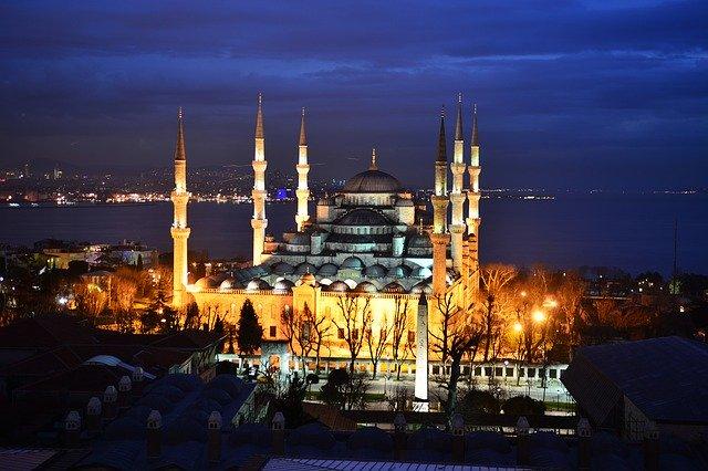 С 01.07.2020 туристы из Украины смогут отдыхать в Турции