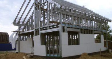 Строим дом из металлического профиля