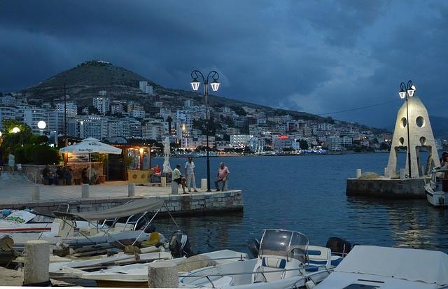 Албания сезонно отменила визы для граждан РФ
