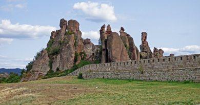 Болгария готова принять туристов из ряда стран без тестов и соблюдения карантина