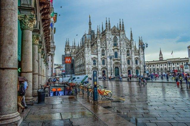 Италия: границы открыты для туристов из 14 стран вне ЕС, обсервация - обязательна