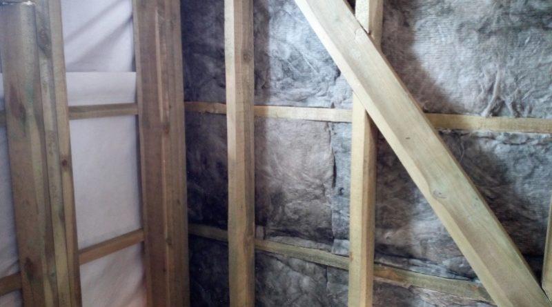 Как правильно утеплить стены каркасного дома