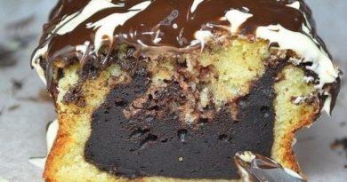 Кекс ванильный (с влажной шоколадной начинкой)