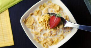 Пять вредных продуктов, которые регулярно едят наши дети