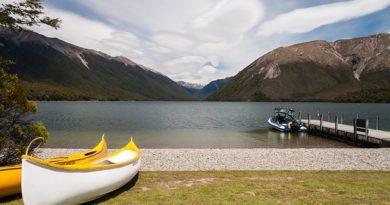 Самое чистое озеро Новой Зеландии. Почему тут запрещено купаться?