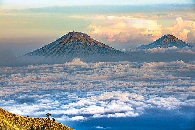Самые красивые вулканы нашей планеты...