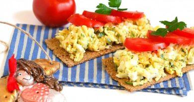Сырный салат (с яйцом)