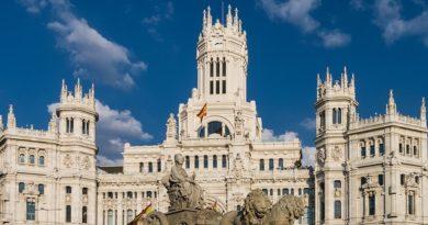 В Мадриде снова вводят масочный режим в общественных местах