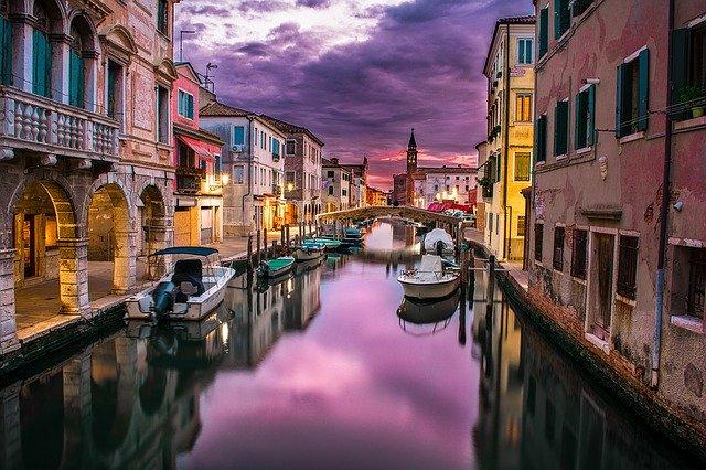 Венеция отложила введение налога на краткосрочный въезд в город до 2021 года