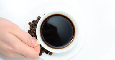 6 самых спорных утверждений о бодрящем напитке