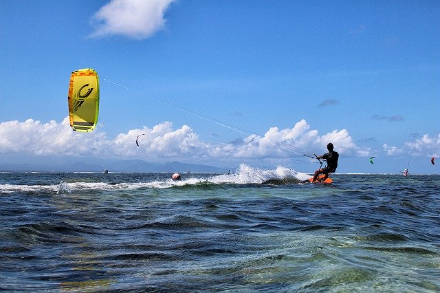 Бали не будет принимать иностранных туристов до конца этого года