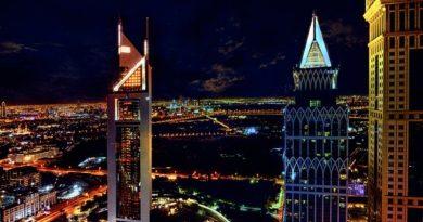 Дубай и Абу-Даби вводят новые процедуры для туристов и транзитников