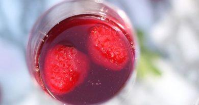 Коктейль с ягодами