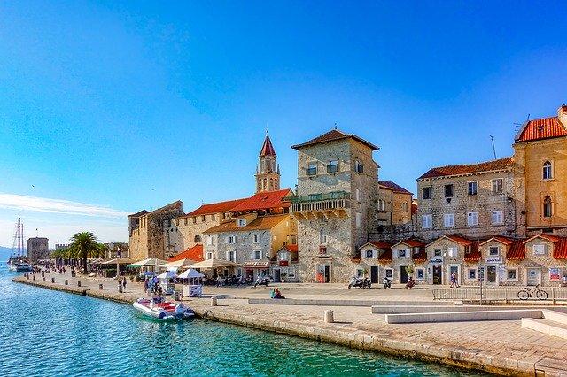 Курорт Трогир — «Маленькая Венеция» Хорватии и его достопримечательности