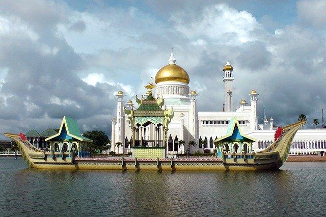 Пляжный и культурный отдых в загадочном Брунее
