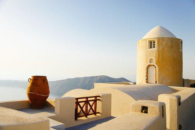Греция досрочно завершает туристический сезон