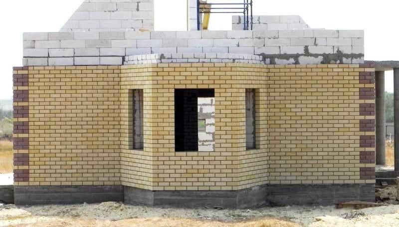 Наружная отделка фасада дома из газобетона