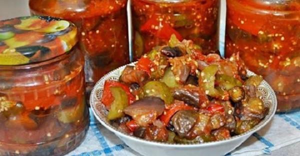 Салат из огурцов и баклажанов на зиму — коронный рецепт!