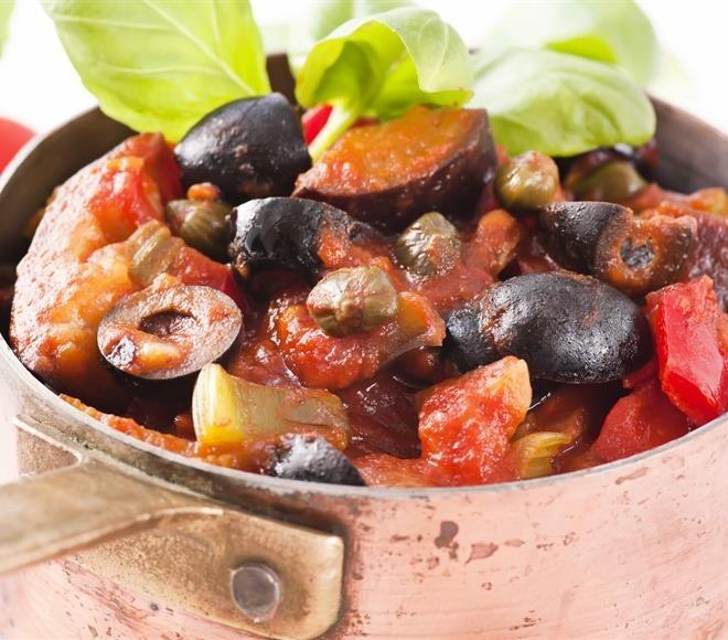 Салат из запеченных баклажан по-гречески