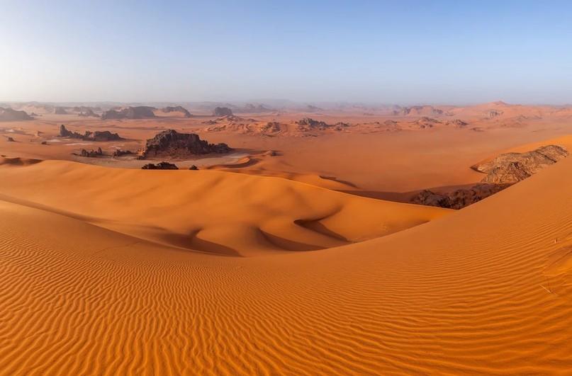 Что скрыто под песками Сахары?