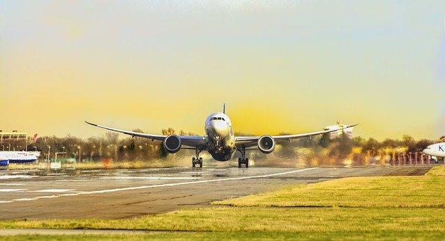 Еще 4 города РФ возобновили полеты за рубеж