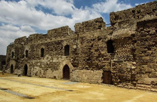 Фамагуста (Кипр) — загадочный город-призрак у моря