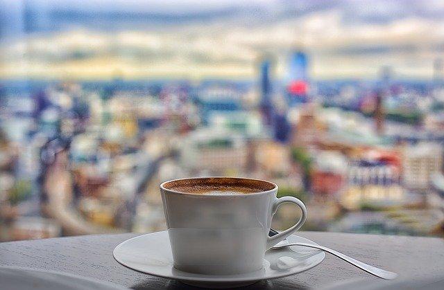 Как отличить качественный растворимый кофе от «желудей»