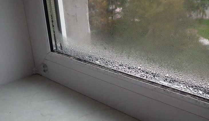 Конденсат на окнах: избавляемся!